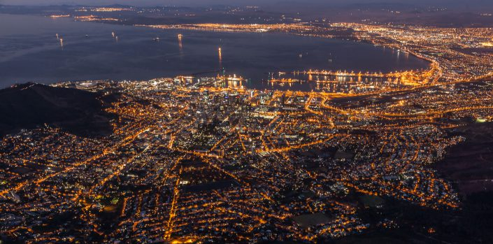 Cape Town, Blick vom Tafelberg by night